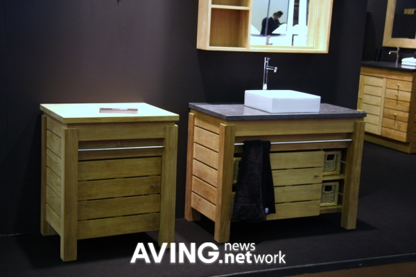 Line Art Bathroom Furniture : Lineart to present its bath furniture collection aving usa